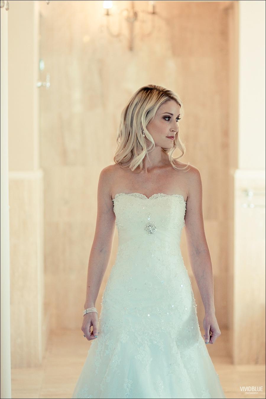 VividBlue-phil-erin-wedding-backberg-south-africa006