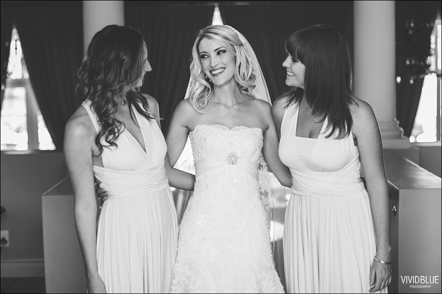 VividBlue-phil-erin-wedding-backberg-south-africa014