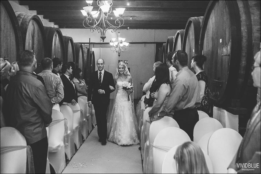 VividBlue-phil-erin-wedding-backberg-south-africa020