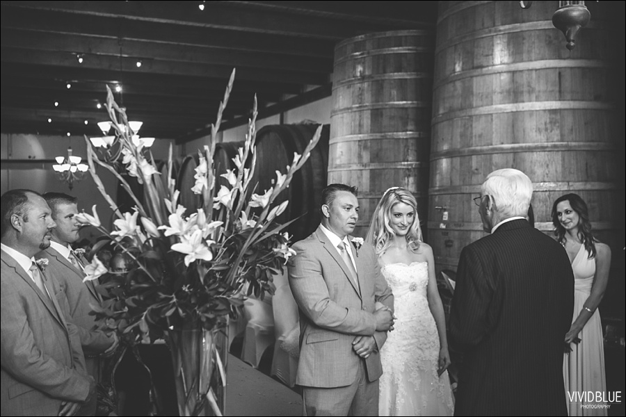 VividBlue-phil-erin-wedding-backberg-south-africa022