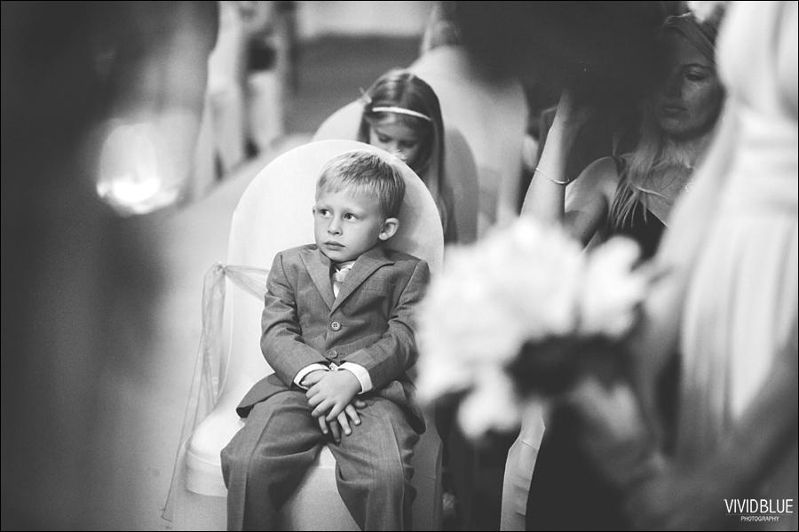 VividBlue-phil-erin-wedding-backberg-south-africa025