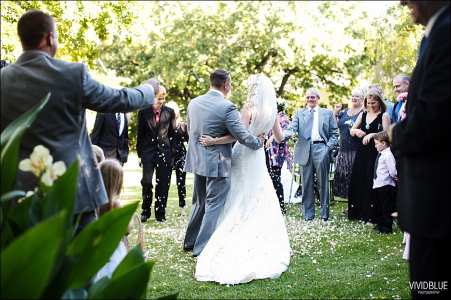VividBlue-phil-erin-wedding-backberg-south-africa029