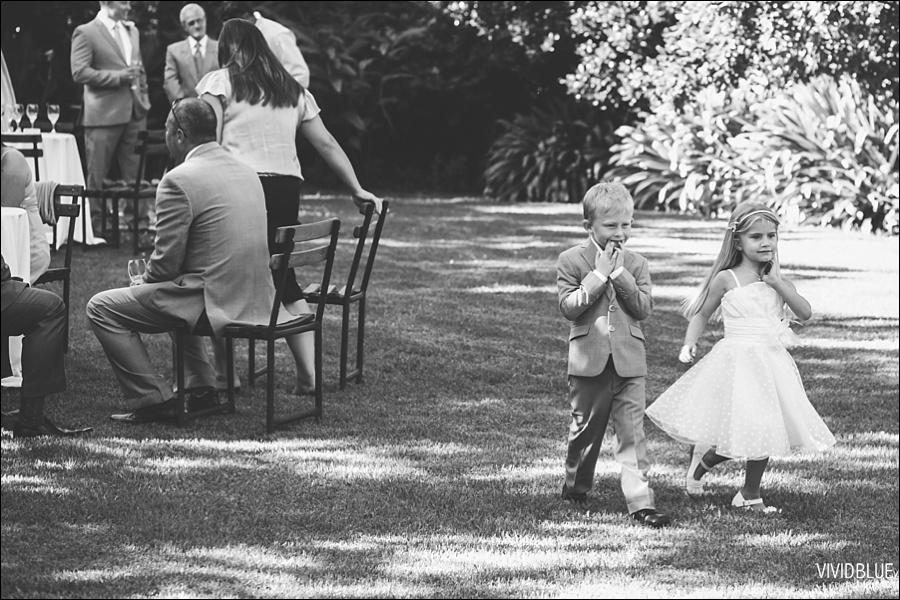VividBlue-phil-erin-wedding-backberg-south-africa033