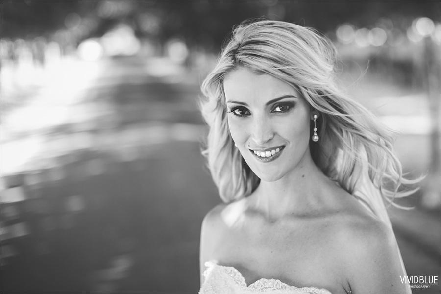 VividBlue-phil-erin-wedding-backberg-south-africa045