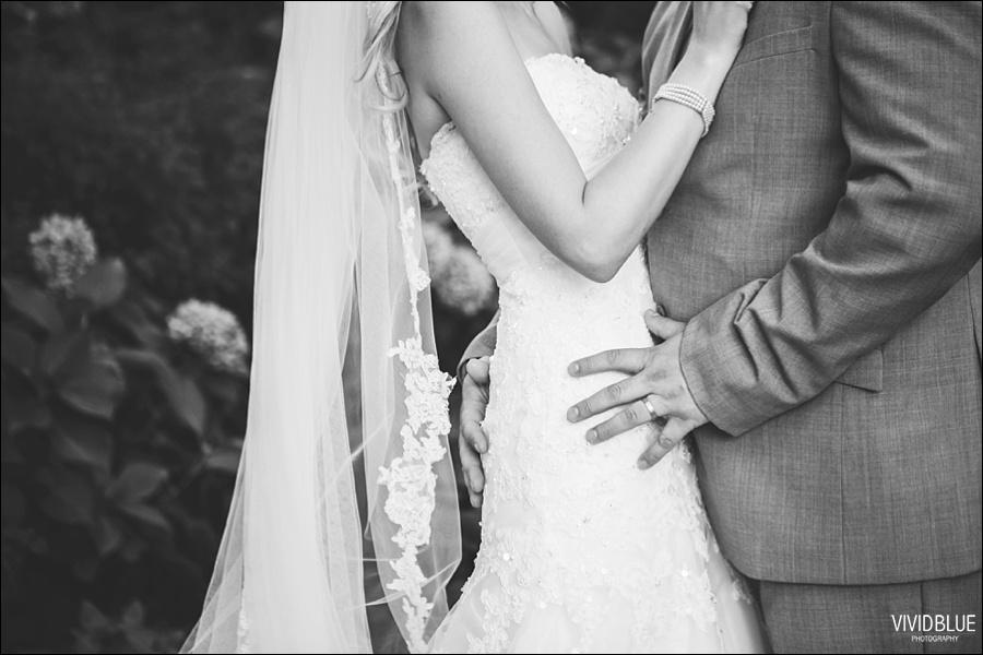 VividBlue-phil-erin-wedding-backberg-south-africa066