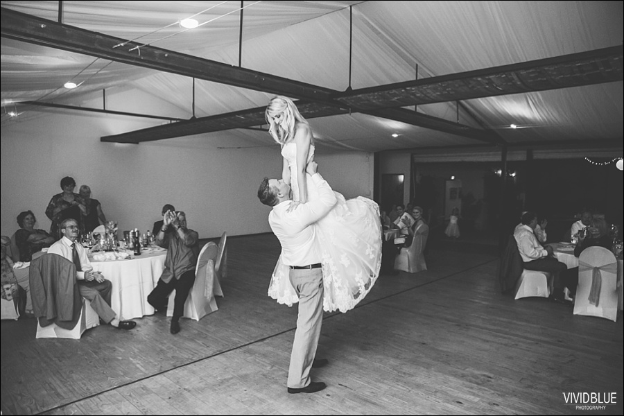 VividBlue-phil-erin-wedding-backberg-south-africa087