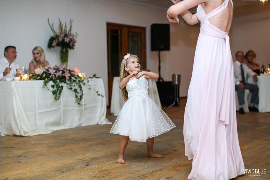 VividBlue-phil-erin-wedding-backberg-south-africa095