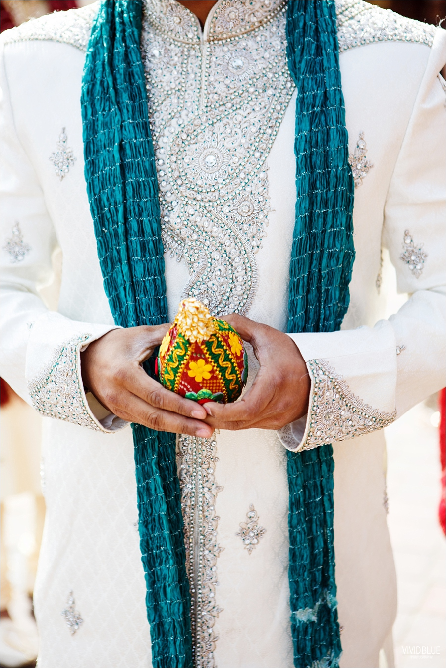 vividblue-Meera-Darren-hindu-wedding-uk102