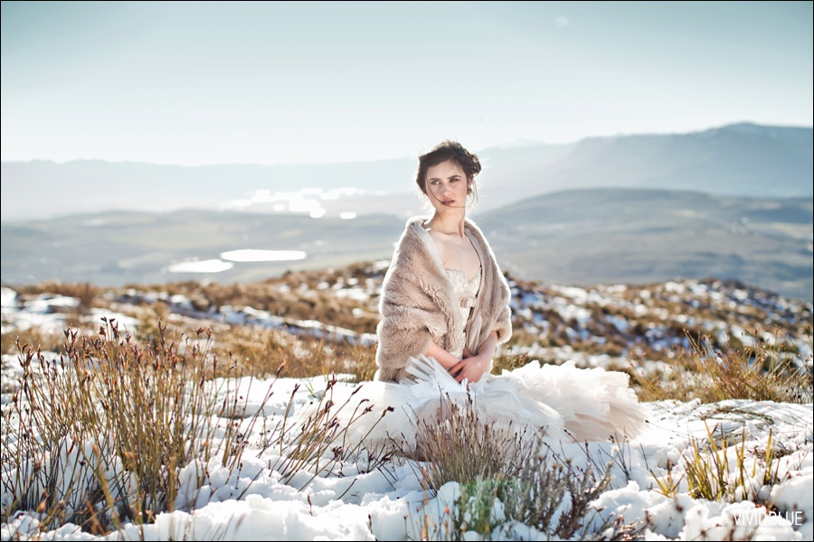 Vivid-blue-weddings-snow-matroosberg-photography013