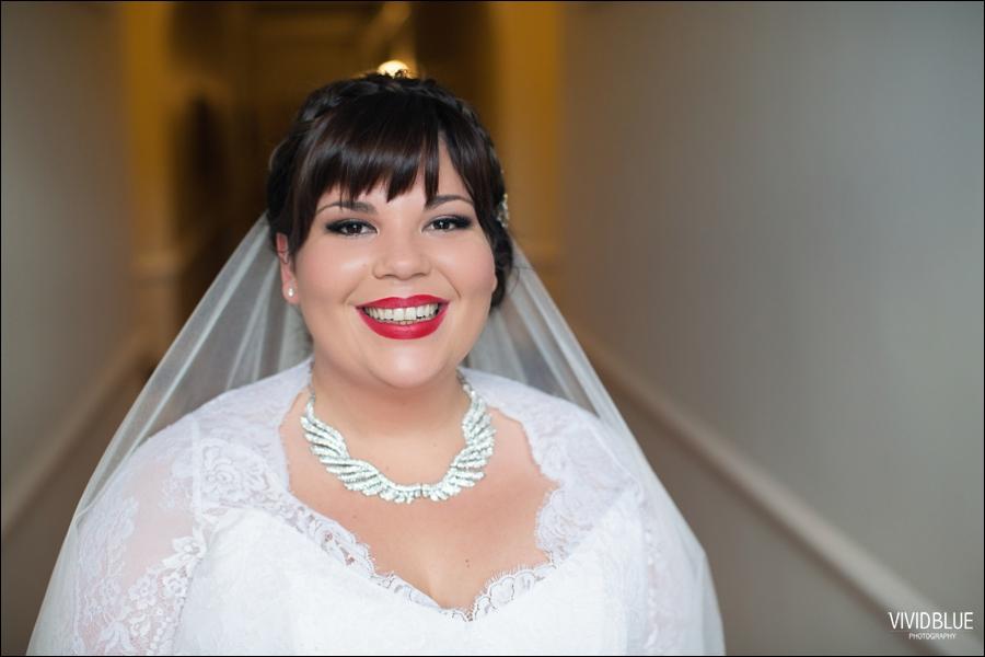 Vivid-Blue-Jacques-Suzanne-Mount-Nelson-Wedding-Aleit034