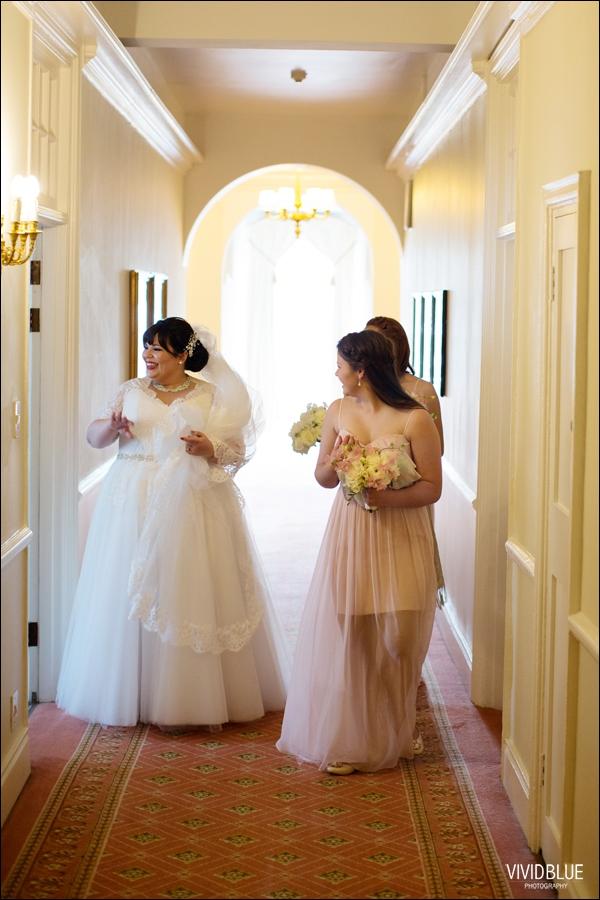 Vivid-Blue-Jacques-Suzanne-Mount-Nelson-Wedding-Aleit037