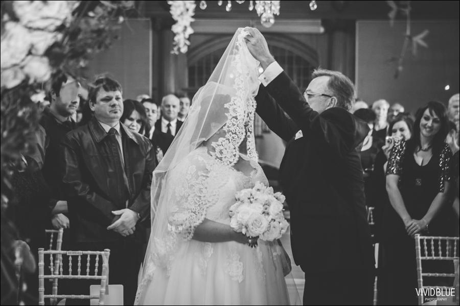 Vivid-Blue-Jacques-Suzanne-Mount-Nelson-Wedding-Aleit052