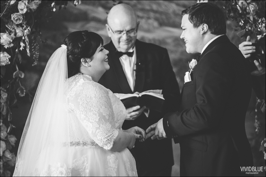 Vivid-Blue-Jacques-Suzanne-Mount-Nelson-Wedding-Aleit058
