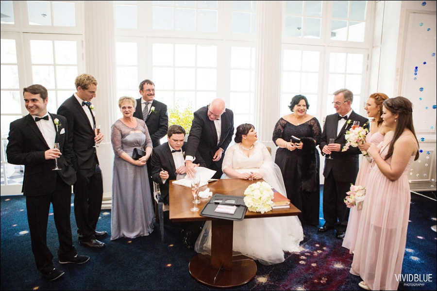 Vivid-Blue-Jacques-Suzanne-Mount-Nelson-Wedding-Aleit064