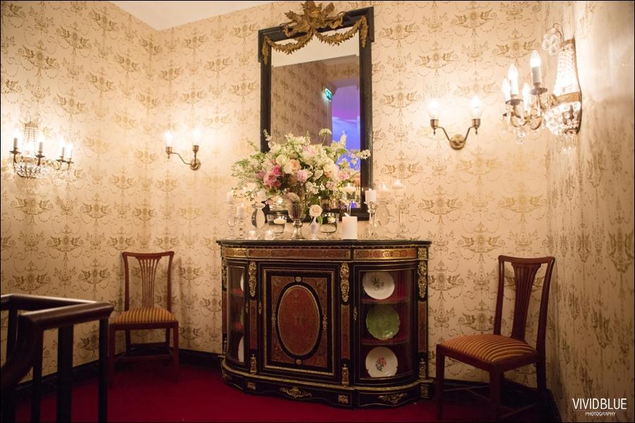 Vivid-Blue-Jacques-Suzanne-Mount-Nelson-Wedding-Aleit076