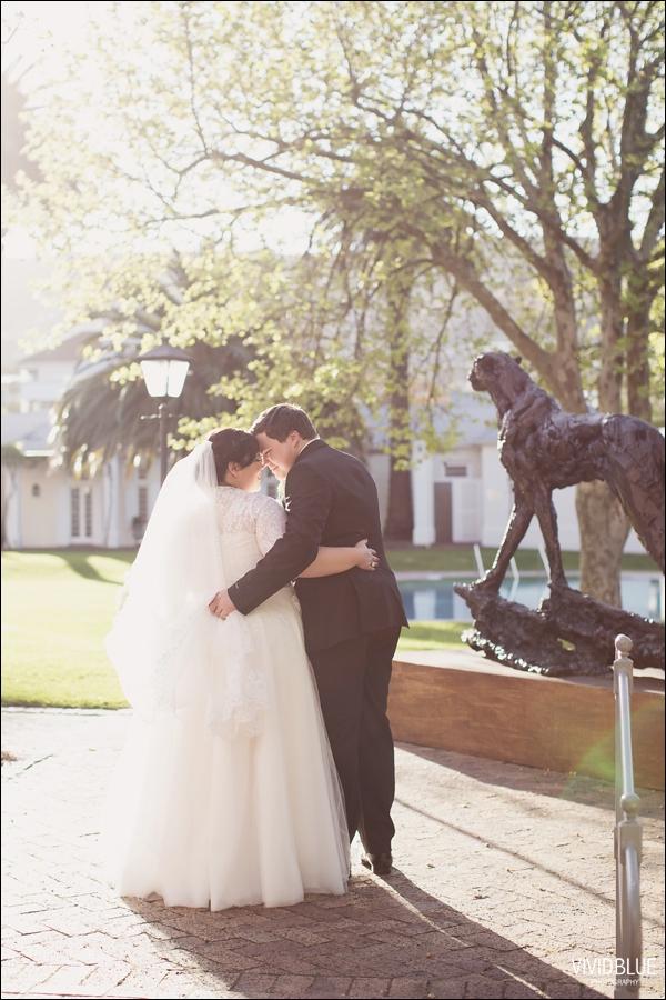 Vivid-Blue-Jacques-Suzanne-Mount-Nelson-Wedding-Aleit082