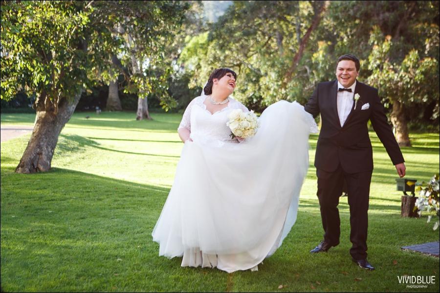 Vivid-Blue-Jacques-Suzanne-Mount-Nelson-Wedding-Aleit086
