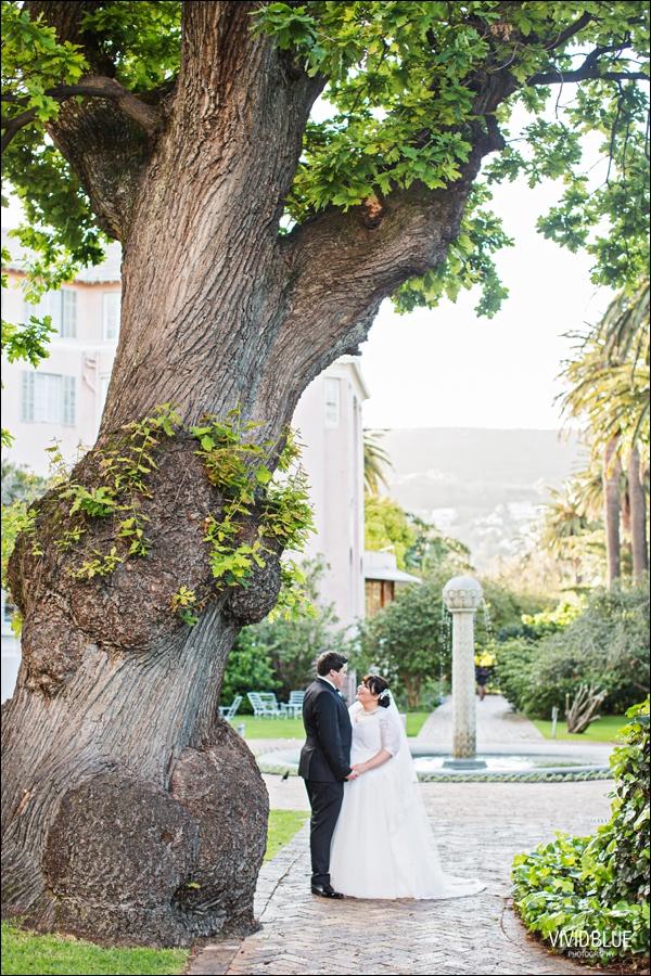 Vivid-Blue-Jacques-Suzanne-Mount-Nelson-Wedding-Aleit090