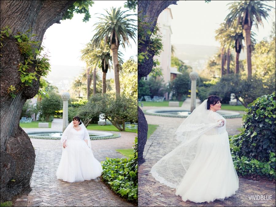 Vivid-Blue-Jacques-Suzanne-Mount-Nelson-Wedding-Aleit091