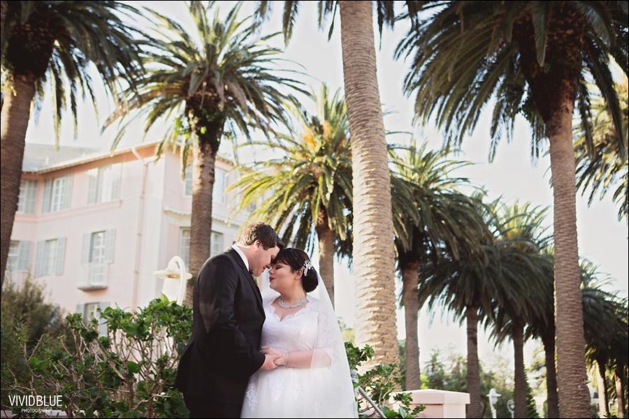 Vivid-Blue-Jacques-Suzanne-Mount-Nelson-Wedding-Aleit094