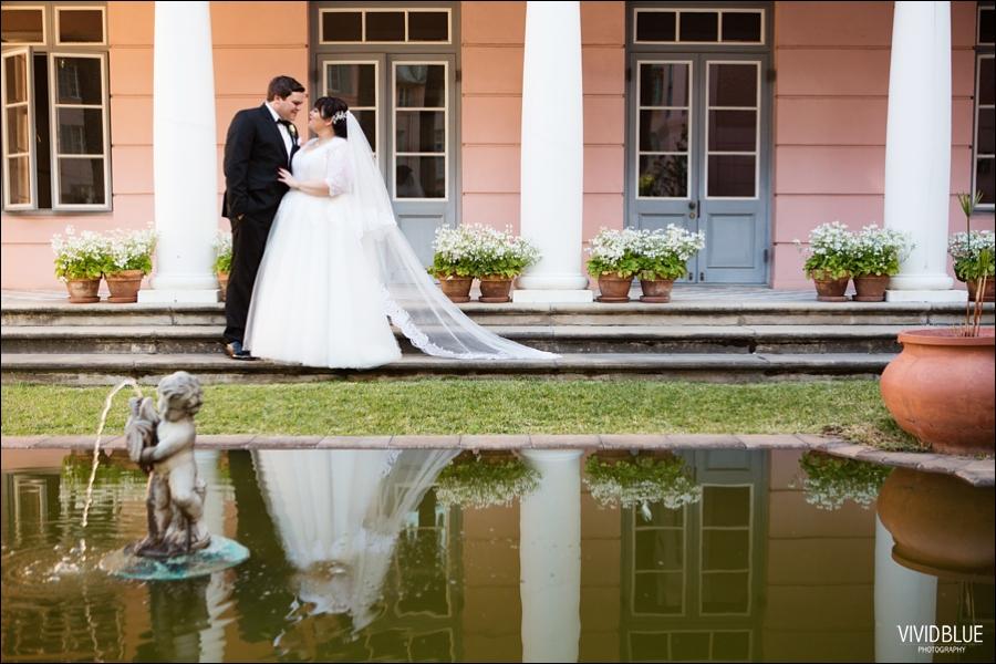 Vivid-Blue-Jacques-Suzanne-Mount-Nelson-Wedding-Aleit096