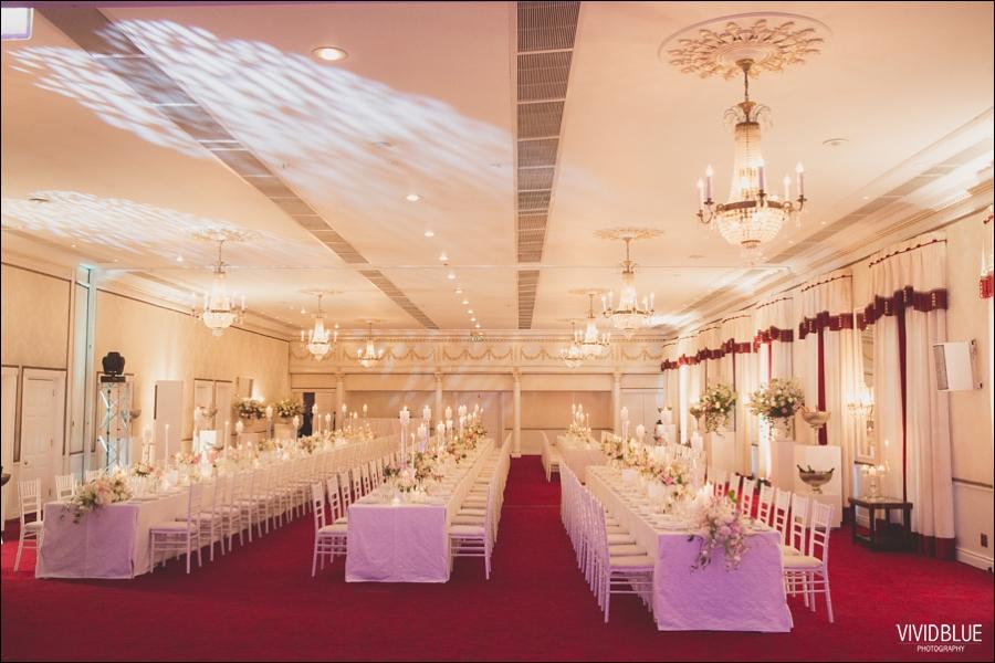 Vivid-Blue-Jacques-Suzanne-Mount-Nelson-Wedding-Aleit115