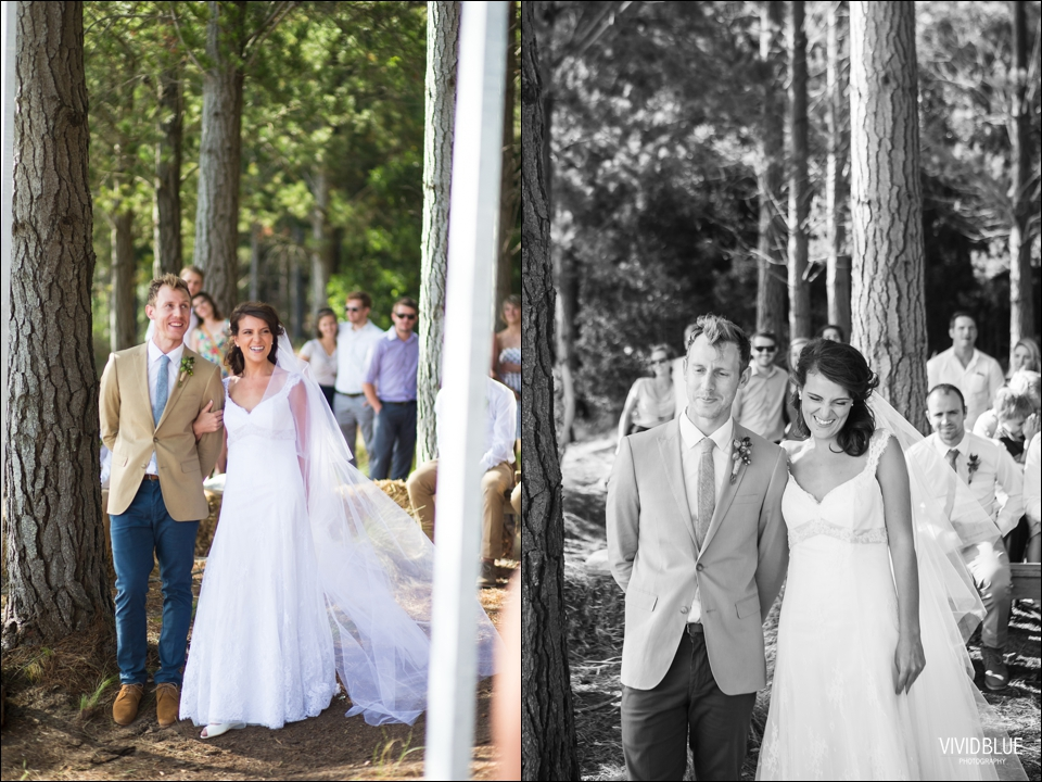 Vivid-Blue-Christo-Eveleen-Forest-wedding00051