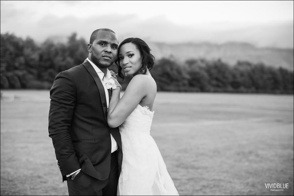 Vivid-Blue-Sam-Kiki-Lourensford-wedding152