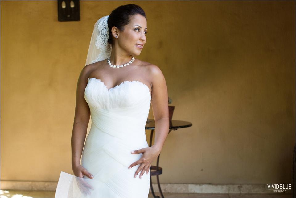 VividBlue-Phil-Candice-La-Petite-Dauphine-Wedding027
