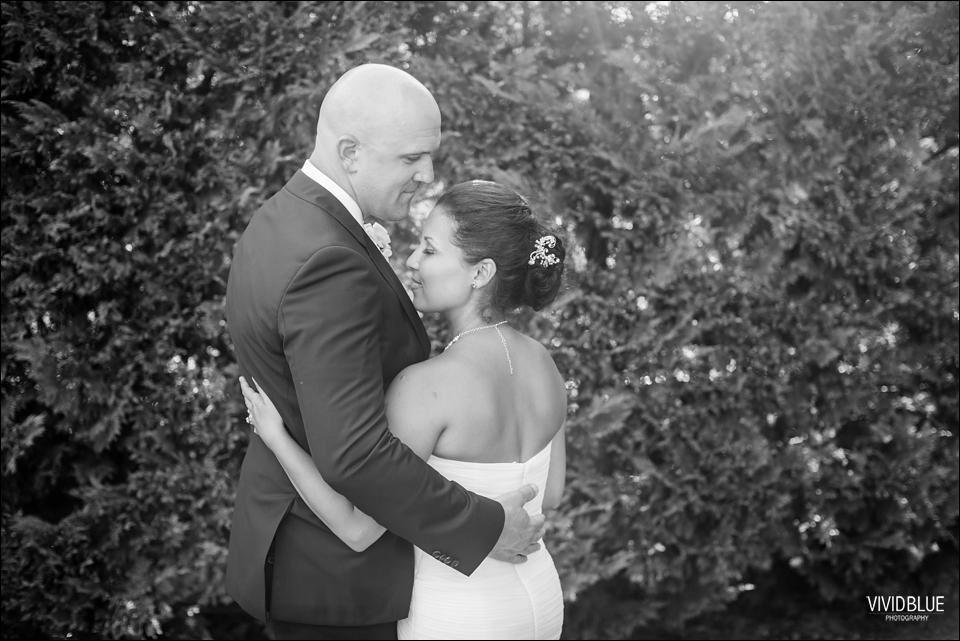 VividBlue-Phil-Candice-La-Petite-Dauphine-Wedding067