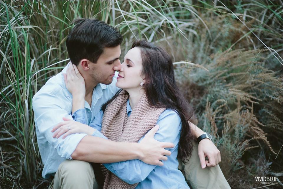 Vividblue-Marnus-Michelene-couple-shoot-jonkershoek025