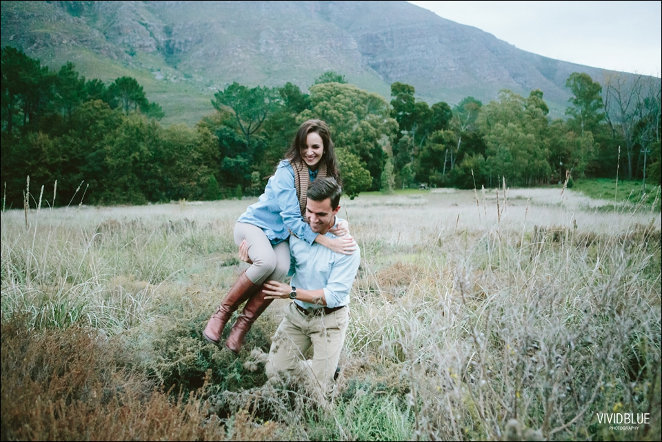 Vividblue-Marnus-Michelene-couple-shoot-jonkershoek042