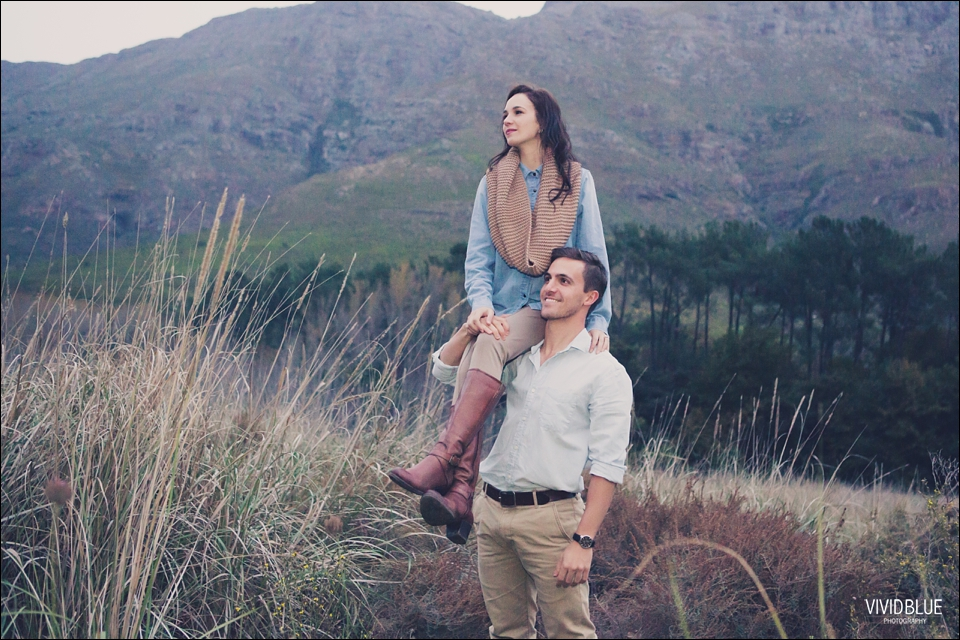 Vividblue-Marnus-Michelene-couple-shoot-jonkershoek044