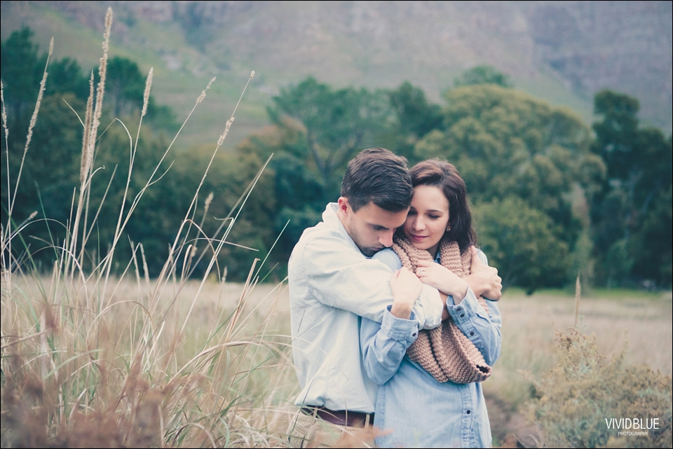 Vividblue-Marnus-Michelene-couple-shoot-jonkershoek045
