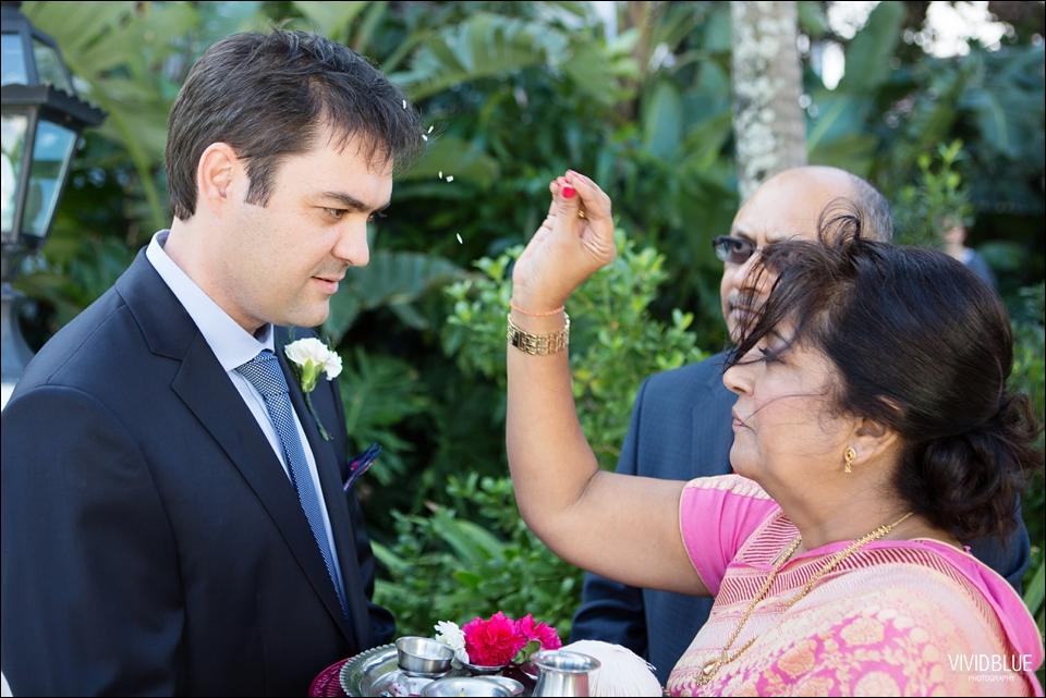 Vividblue-Paul-Sandhya-Oyster-box-Durban-Wedding025
