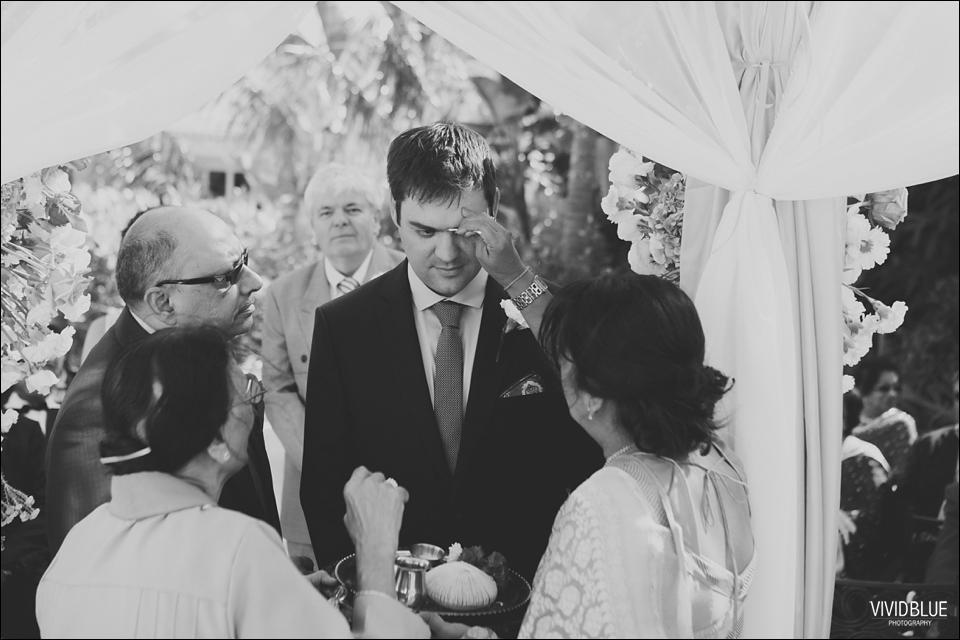 Vividblue-Paul-Sandhya-Oyster-box-Durban-Wedding026