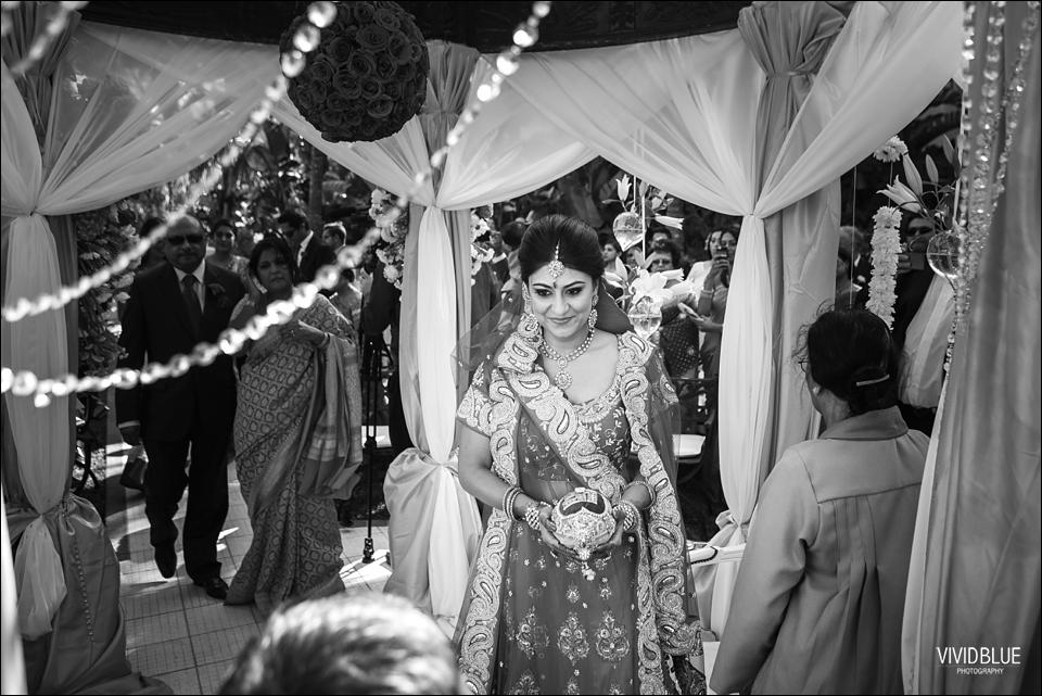 Vividblue-Paul-Sandhya-Oyster-box-Durban-Wedding033