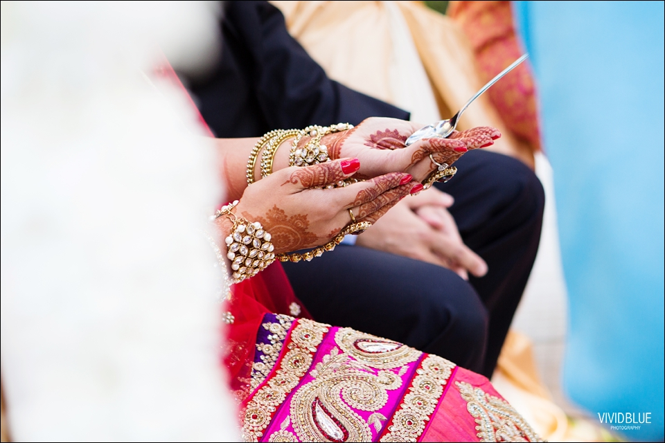 Vividblue-Paul-Sandhya-Oyster-box-Durban-Wedding034