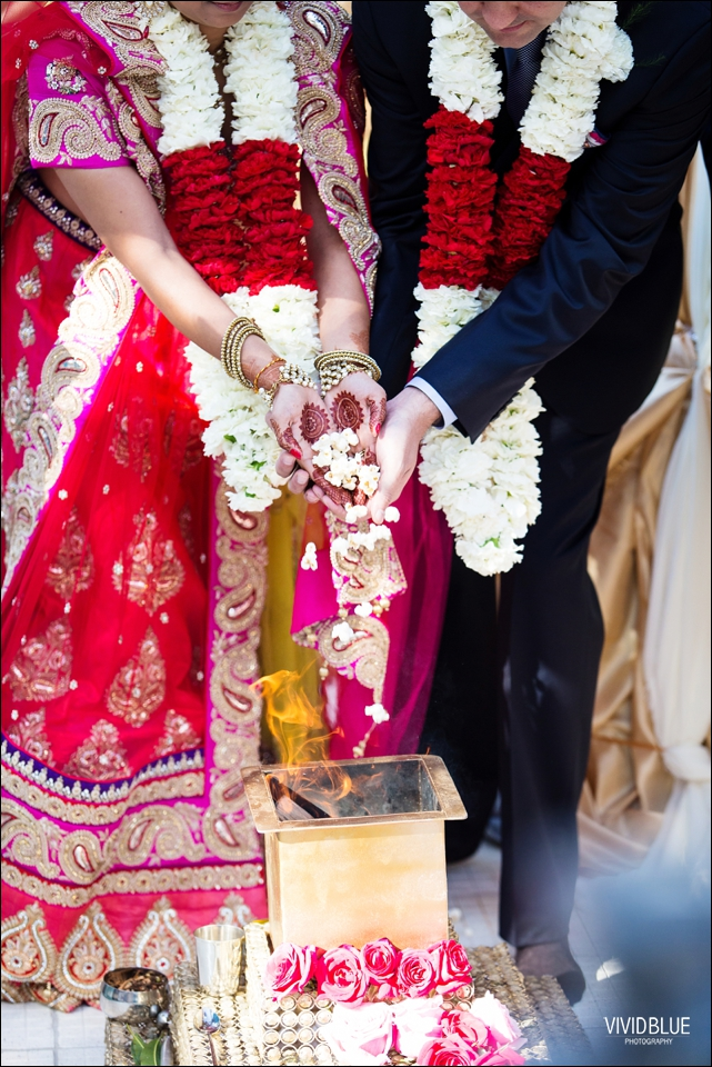 Vividblue-Paul-Sandhya-Oyster-box-Durban-Wedding047