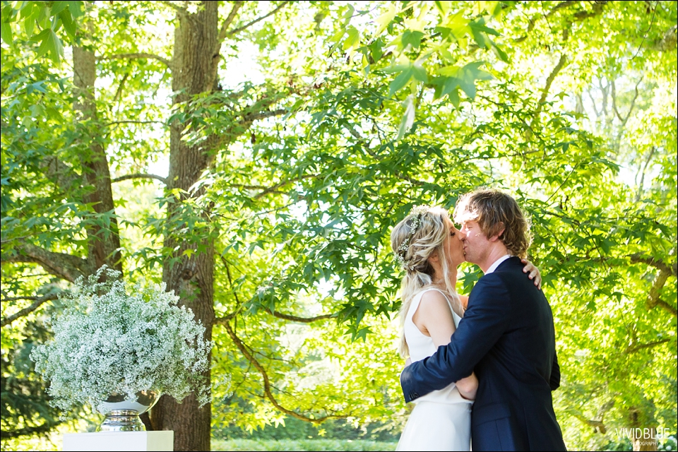 Vividblue-blue-heath-terri-wedding-oak-valley-elgin032