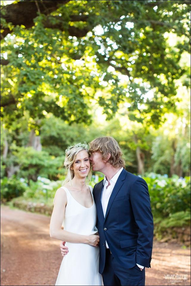 Vividblue-blue-heath-terri-wedding-oak-valley-elgin055