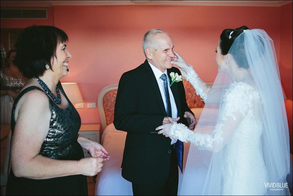 Vividblue-Marinus-Kerry-Oyster-Box-Hotel-Wedding-Photography025