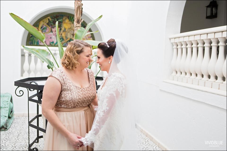 Vividblue-Marinus-Kerry-Oyster-Box-Hotel-Wedding-Photography027