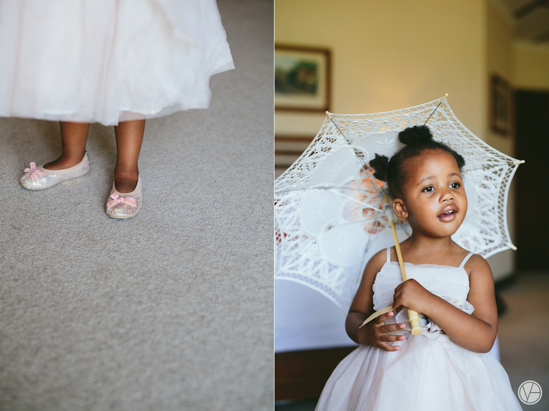 Vivid-Blue-Apoti-Zanele-Val-de-Vie-Wedding-Photography005