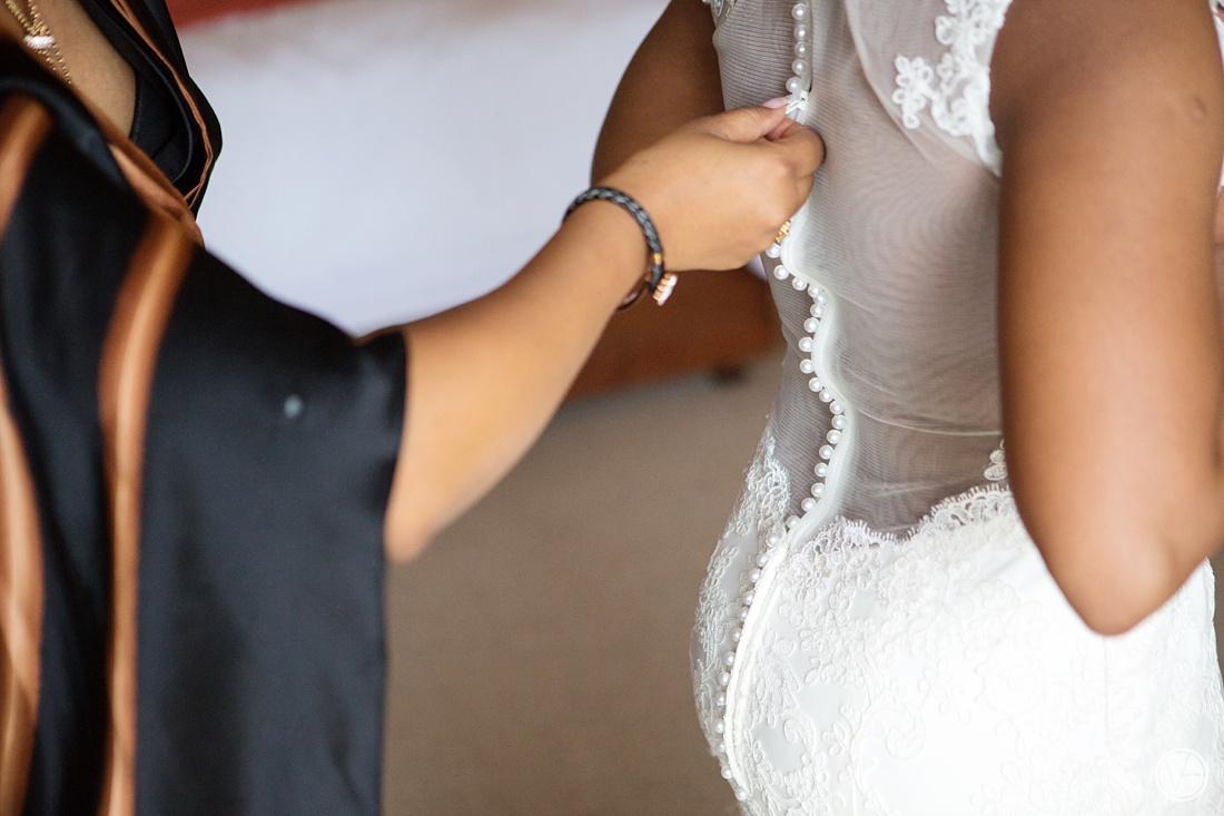 Vivid-Blue-Apoti-Zanele-Val-de-Vie-Wedding-Photography018
