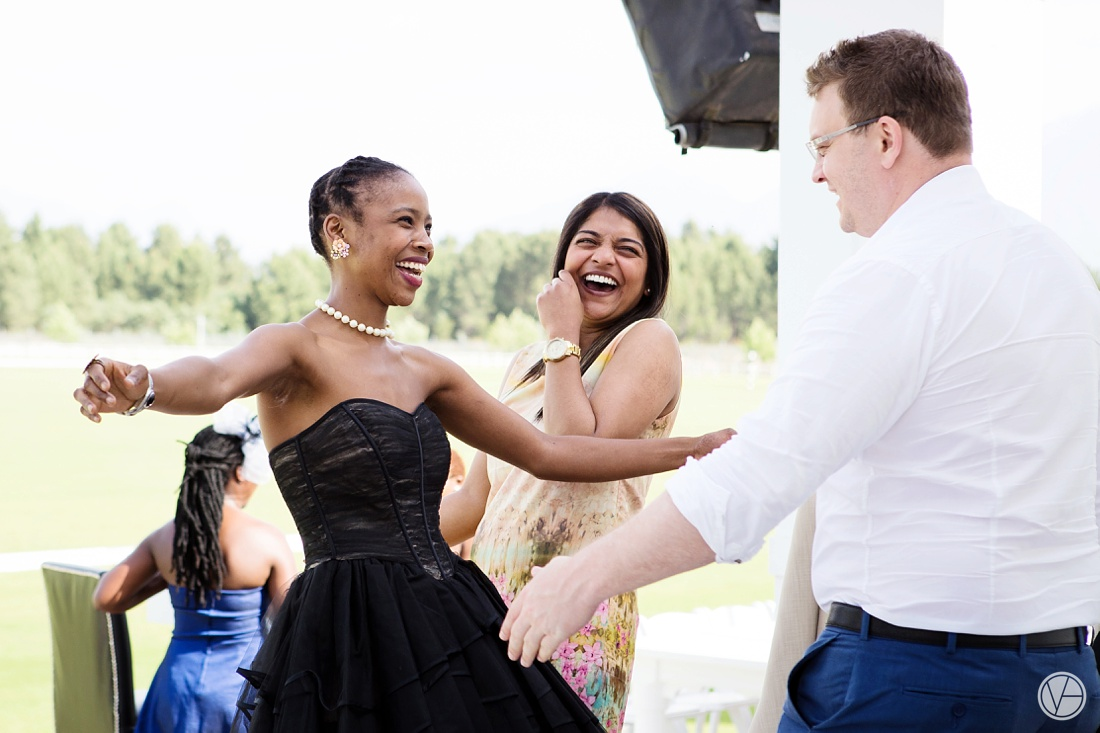 Vivid-Blue-Apoti-Zanele-Val-de-Vie-Wedding-Photography033