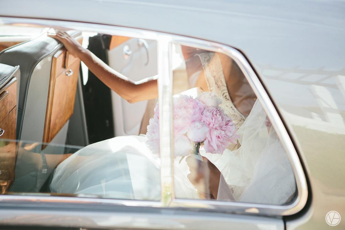 Vivid-Blue-Apoti-Zanele-Val-de-Vie-Wedding-Photography040