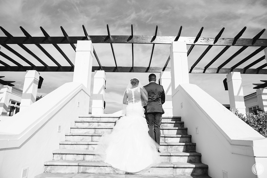 Vivid-Blue-Apoti-Zanele-Val-de-Vie-Wedding-Photography047