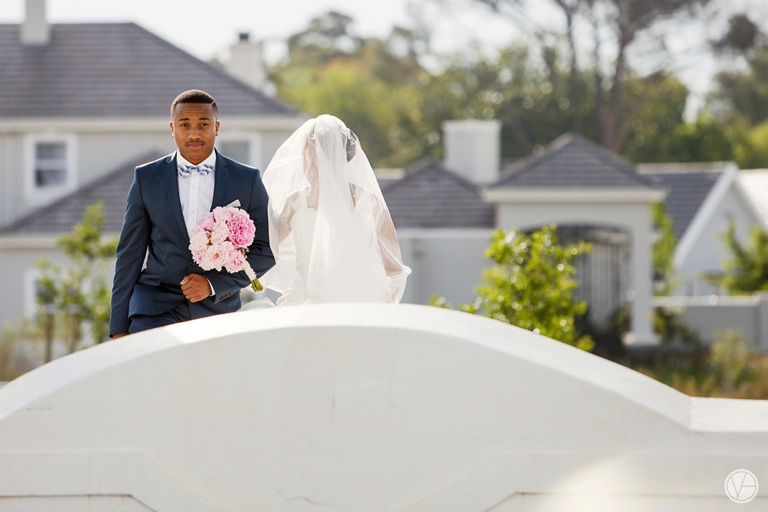 Vivid-Blue-Apoti-Zanele-Val-de-Vie-Wedding-Photography051