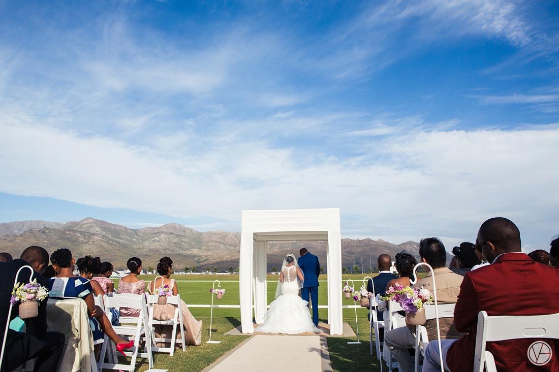 Vivid-Blue-Apoti-Zanele-Val-de-Vie-Wedding-Photography060